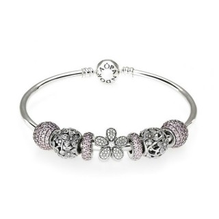 Pandora Rosa Sparkling Daisy Bangle