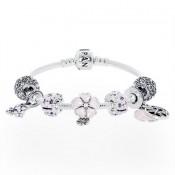 Pandora Sparkling Flores completa Pulseira