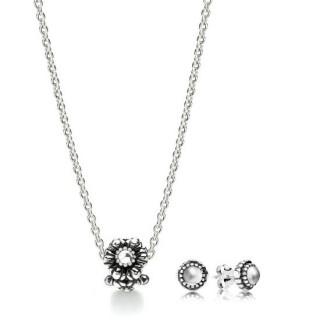 Pandora abril Birthstone Gift Set